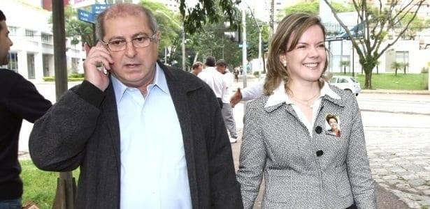 O ex-ministro Paulo Bernardo é casado com a senadora Gleisi Hoffmann (PT-PR)