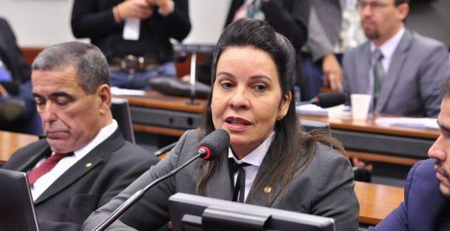 Montes Claros - STF investiga a deputada Raquel Muniz