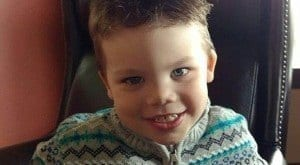 EUA - Polícia diz ter encontrado corpo de menino de 2 anos arrastado por jacaré em Orlando