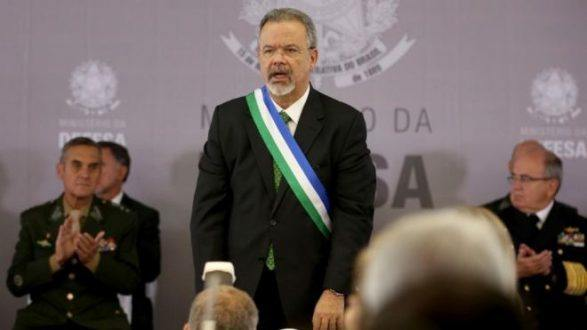 Ministro da defesa diz que 'há preocupação com Estado Islâmico na Rio 2016'