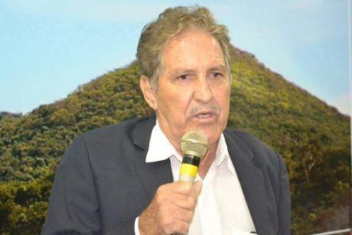 """Montes Claros - Prefeito de Montes Claros José Vicente não desiste da """"briga"""" com a Copasa"""