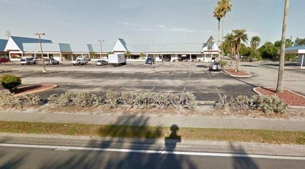 O tiroteio ocorreu no Club Blu no início desta segunda-feira