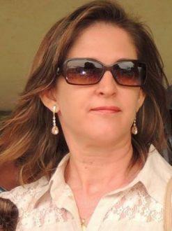 Jirlene Vieira Lima (PT), 45 anos, é esposa do prefeito Anastácio Guedes Saraíva (PT)