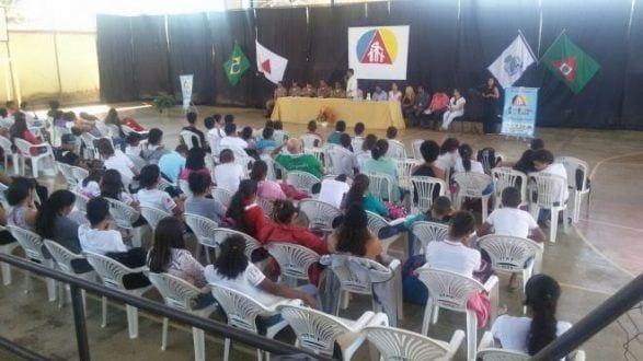 """Norte de Minas - PM lança projeto social """"Polícia presente, Criança consciente"""", em Pintópolis"""