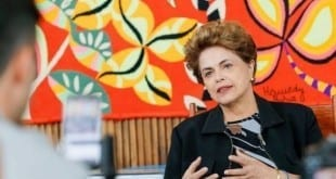 Para Dilma, PT tem de reconhecer erros