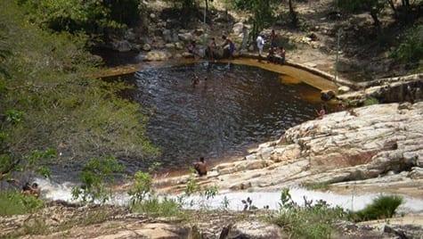 Cachoeira do Boqueirão da Prata em Joaquim Felício, cidade integrante do Circuito da Serra do Cabral