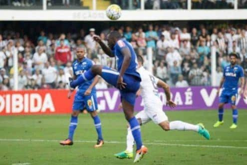 Cruzeiro jogou bem, mas não fez o gol e saiu de campo derrotado