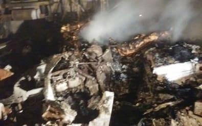 Avião cai no Paraná e oito pessoas morrem