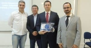 Faculdades Santo Agostinho recebe superintendente do Cruzeiro