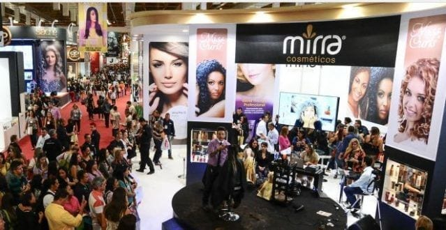 A FENICS aposta em novos espaços, como a Hair Minas, para garantir novidades para o público