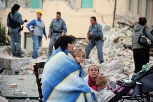 Europa - Terremoto na Itália deixa ao menos 38 mortos