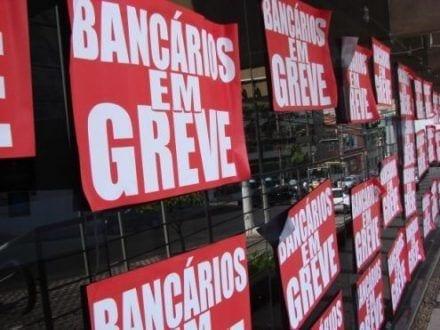 Bancários seguem em greve e devem negociar com a Fenabran