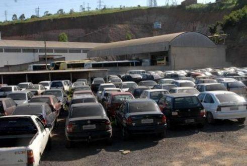 MG - Mais de 1.500 veículos serão leiloados pelo Detran de Minas Gerais