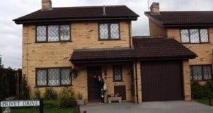 """Casa do """"Harry Potter"""" na rua Rua dos Alfeneiros está à venda na Inglaterra"""
