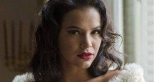 """Cenas de sexo de Bruna Marquezine, em série da Globo, cai na web e deixa a emissora """"P"""" da vida"""