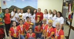 Montes Claros - Campeões nacionais de handebol são homenageados na Prefeitura