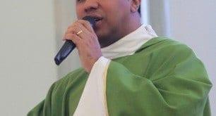 padre Wagner Eduardo Dias, vigário da Catedral Metropolitana de Montes Claros.