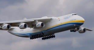 MG - Maior avião do mundo pousa em Minas Gerais nesta segunda-feira