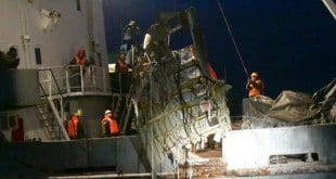 Rússia encontra caixa-preta de avião que caiu no Mar Negro