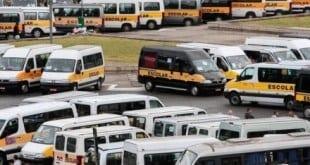 Suspensa exigência de cadeirinha de transporte de crianças em van