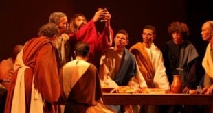 O teatro religioso mantém-se vivo no cotidiano dos mineiros