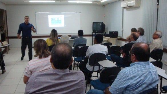 Oscar Moreira vai ministrar curso sobre licitação