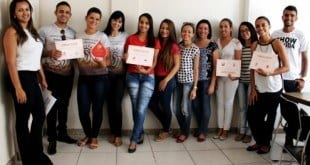 Grupos de voluntários que participaram da 1ª Gincana Doe Vida