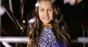 Hadassa Priscilla, do The Voice Kids, se apresenta no Montes Claros Shopping