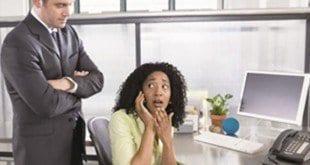 Emprego - Celular fora de hora pode dar demissão, e por justa causa