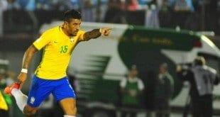 Paulinho foi o nome do jogo com três gols marcados