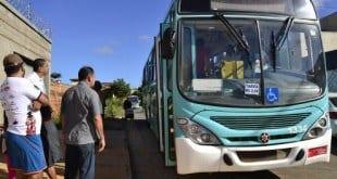 Montes Claros - Começa a circular linha de ônibus que atende o bairro Guarujá