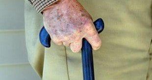Vergonha - Cerca de 14 crimes são cometidos contra idosos por hora em Minas Gerais