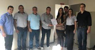 Montes Claros - SAMU Macro Norte recebe visita de vereadores de Montes Claros