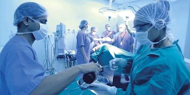 PREÇO DIFERENCIADO - Pelo Programa Social um parto no Hospital das Clínicas custa R$ 500