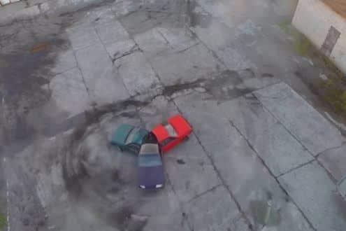 Russos tentam criar um spinner com carros
