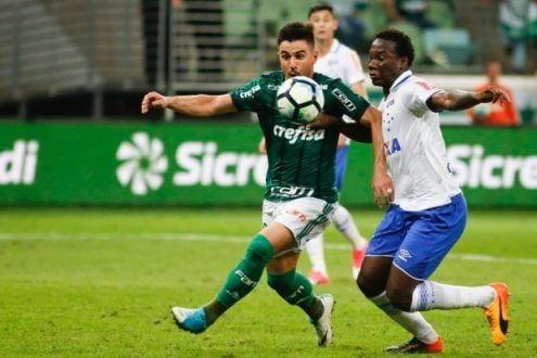 Cruzeiro abriu 3 a 0, mas cedeu o empate no segundo tempo