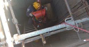 Norte de Minas - Bombeiros resgatam operário em local de difícil acesso