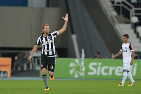 Copa do Brasil - Atlético vai mal, toma três gols do Botafogo