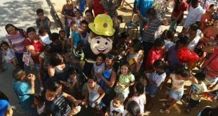 Montes Claros - Crianças carentes ganham dia de festa em comemoração ao Dia das Crianças