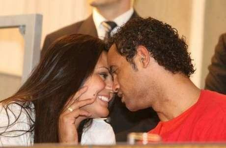 MG - Nasce a primeira filha do goleiro Bruno com Ingrid Calheiros