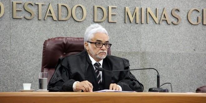 """O relator do processo nº 838.639, conselheiro Wanderley Ávila, justificou a medida pela """"gravidade das infrações por ele praticadas, lesivas ao erário do Município de Jequitaí"""