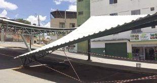 Montes Claros - Acidente derruba parte de cobertura no Mercado Municipal