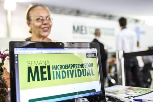 Microempreendedor ganha mais prazo para se regularizar