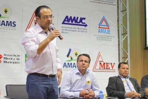 Norte de Minas - Amams e Ammesf buscam solução junto a prefeitos para problemas da região