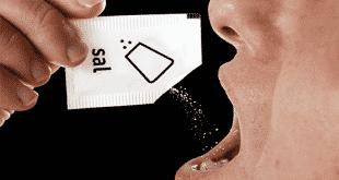 Saúde - Colocar sal embaixo da língua combate a pressão baixa: MITO
