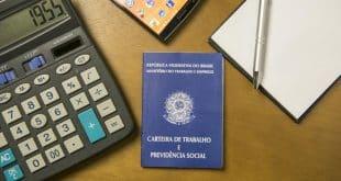 Nova calculadora do INSS mostra quanto tempo falta para se aposentar