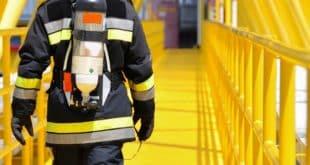 Parceria entre concorrentes nacionais cria uniforme 50% mais barato para batalhões de bombeiros