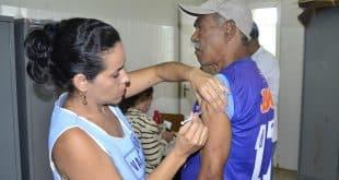 Apenas 45% da população-alvo da vacina contra a gripe foi imunizada em Montes Claros