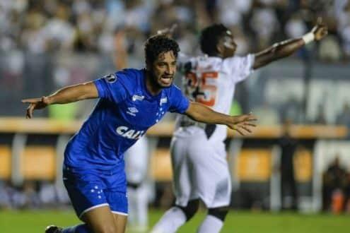 Libertadores - Cruzeiro massacra o Vasco e coloca um pé nas oitavas da Libertadores
