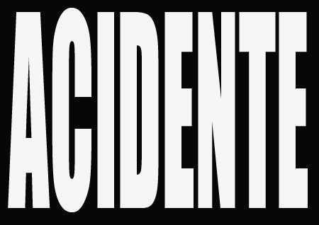 Duas pessoas ficam feridas em acidente com carretas na BR-135